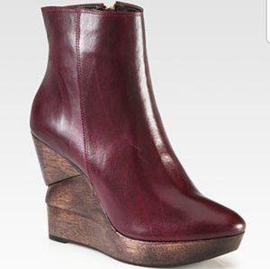 Diane Von Furstenberg Wooden heel ankle boot